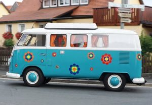 малък автобус
